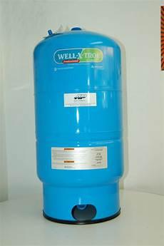 pompe a eau pour puit artesien pressure tank aqua pompes aqua mont 233 r 233 gienne inc