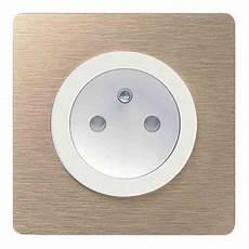 cache prise electrique design prise et interrupteur tendance odace touch schneider