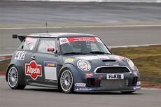 new mini race car makes debut at the ring motoringfile
