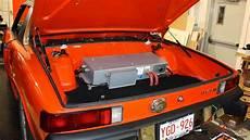 Auto In Gemieteter Garage retrofit quanto costa convertire una vecchia auto in