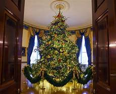 Whitehouse Decorations by Melania Unveils White House Decorations