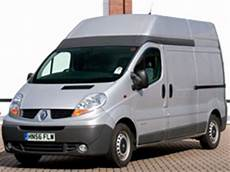 renault trafic 2 5dci l2h2 road test drive