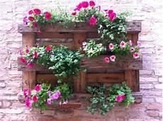 parete giardino fai da te in giardino tante idee per l arredo tuo