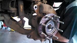 Wheel Bearing Replacement 2006 Chevrolet 2500HD Hub