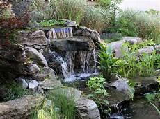 cascade d eau pour bassin jardin zen chute d eau et cascades water features in