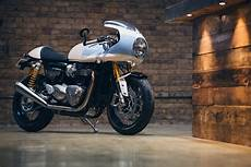 Racing Caf 232 Triumph Thruxton R 1200 By Standard