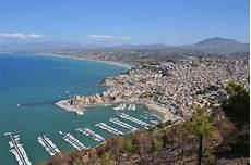 porto piu grande d italia le cinque isole pi 249 grandi d italia cinque cose
