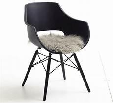 stuhl mit fell stuhl jazz kunstoffschale schwarz oder weiss pick up m 246 bel