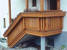 balkone ueberberg holzimgarten