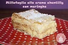 crema chantilly montersino dolcissimi dolcetti millefoglie alla crema chantilly con meringhe