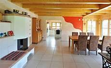 Holzhaus Innen Einrichtung Esszimmer Mit Kamin