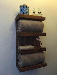 Badezimmer Regal Holz - 17 diy wooden bathroom shelves that you can make just in