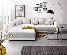 hellgraue couch big sofa violetta 310x135 cm hellgrau creme mit hocker
