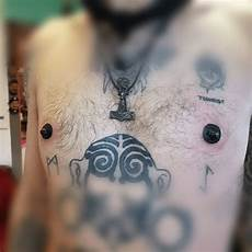 12 crazy collectors who blacked out their nipples tattoo