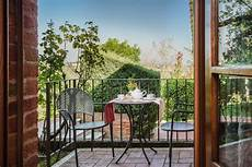 la casa delle querce 1 bedroom apartment tuscany accommodation self catering