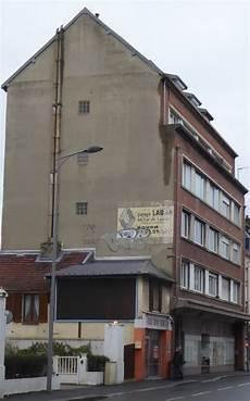 Des Signes Sur Les Murs Garage Laban
