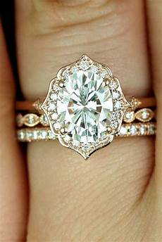 8 most beautiful vintage and antique engagement rings