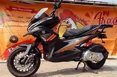 Aerox Modif Touring by Saingan Honda Adv150 Yamaha Aerox Usung Konsep Adventure