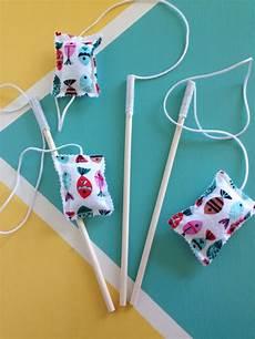 katzenspielzeug selber basteln pin by angelene kirk on crafty saturday diy cat toys