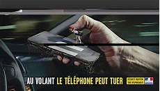 amende telephone au volant sans se faire arreter l utilisation du smartphone en conduisant multiplie le risque d par 3 les 10 conseils