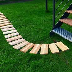 Gartenweg Aus Holz - rollweg kiefer gartenweg f 252 r beet weg garten holz tritte