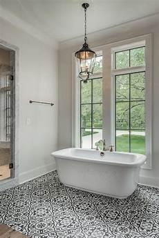 badezimmer fliesen mediterran white and black mediterranean bathroom ideas