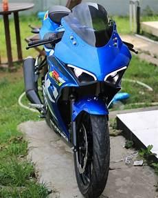 Modifikasi Motor Gsx R150 by Suzuki Gsx R150 Jadi Mirip Ducati Panigale