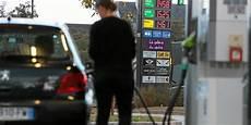 le t 233 l 233 gramme carburants carrefour et leclerc
