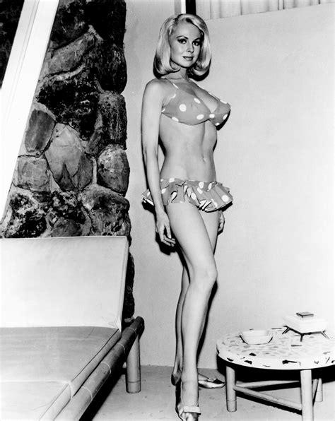 Joi Lansing Nude