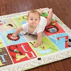 tappeti da gioco per bambini tappeto gioco zoo alfabeto