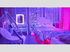Wonderland UK   Ariana Grande Cloud Fragrance Launch   The