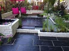 un jardin terrasse qui le min 233 ral et le v 233 g 233 tal