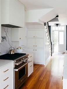 the 7 best white paint colors for kitchen cabinets