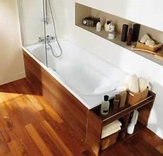 baignoire habillage bambou dans la salle de bain zen