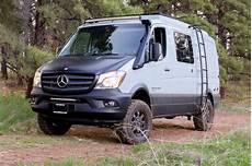 Us Wohnmobilbauer Sportsmobile Baut Den Mercedes