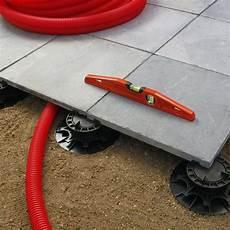 dalle pour terrasse sur plot 99170 plot pour dalle nivo h40 60mm plot pour dalles deck linea
