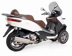 piaggio mp3 500 lt remus news bike info 04 16 piaggio mp3 500 ie mod 2015