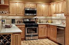 kitchens with honey maple cabinets park avenue honey maple kitchen cabinets main image maple
