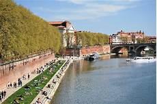 Quais De La Garonne Landmarks Historical Buildings
