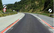 ende einer autobahn fahrschule f 252 rb 246 ck in m 246 dling fahren auf autobahnen und