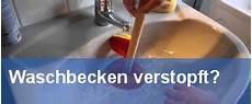 hausmittel gegen stinkenden abfluss abfluss stinkt unangenehme ger 252 che dauerhaft entfernen