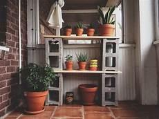 Regalwand Selber Bauen - cinder block furniture ideas diy indoor and outdoor