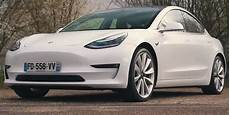 tesla model 3 lieferzeit tesla model 3 hailed as best electric car you can buy in noted reviewer s top 10 list