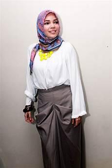 Daftar Artis Wanita Cantik Yang Memakai Dan Jilbab