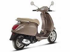 vespa primavera motor scooter guide
