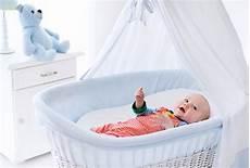 lettini e culle per neonati meglio la o i lettini per neonati 18 spunti di