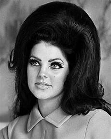 1960s Hairstyles 35 fabulous and trending 1960s hairstyles