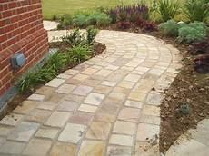 gartenwege gestalten naturstein die besten 25 terrassenplatten naturstein ideen auf naturstein wandverkleidung