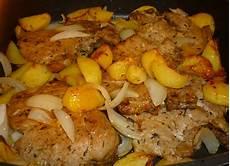 kartoffeln aus dem ofen koteletts mit kartoffeln und zwiebeln aus dem ofen