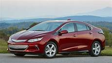 2019 chevy volt keeps it and approachable roadshow